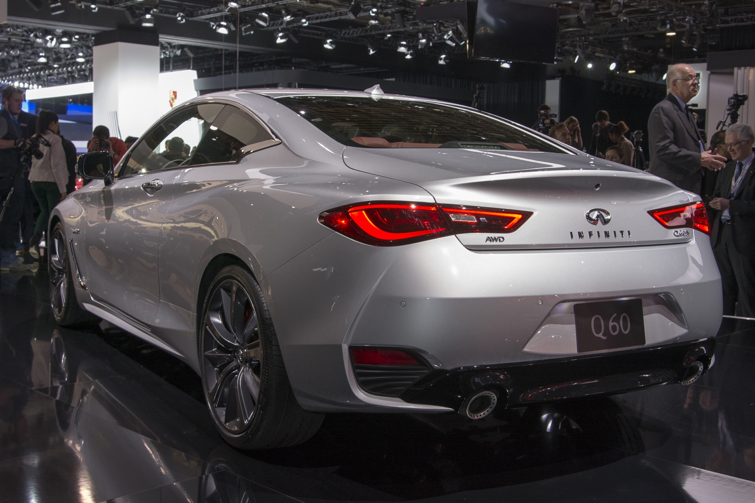 live pics of the infiniti q60 coupe. Black Bedroom Furniture Sets. Home Design Ideas