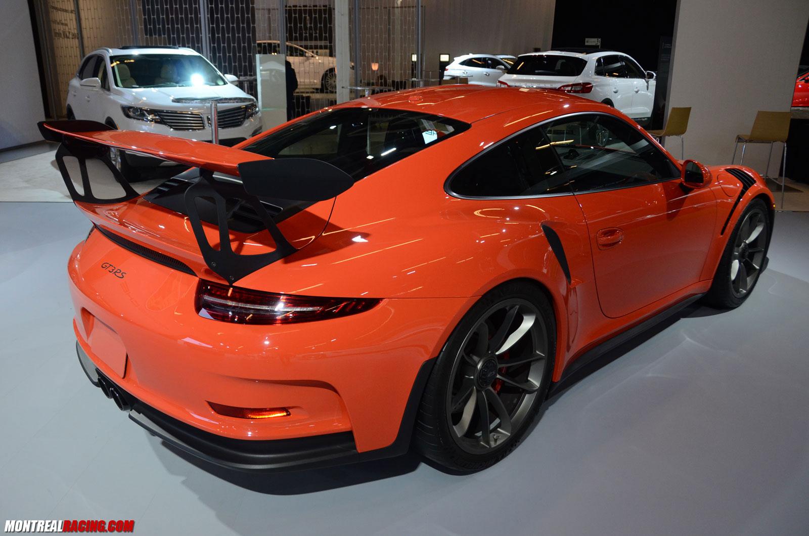 Porsche salon