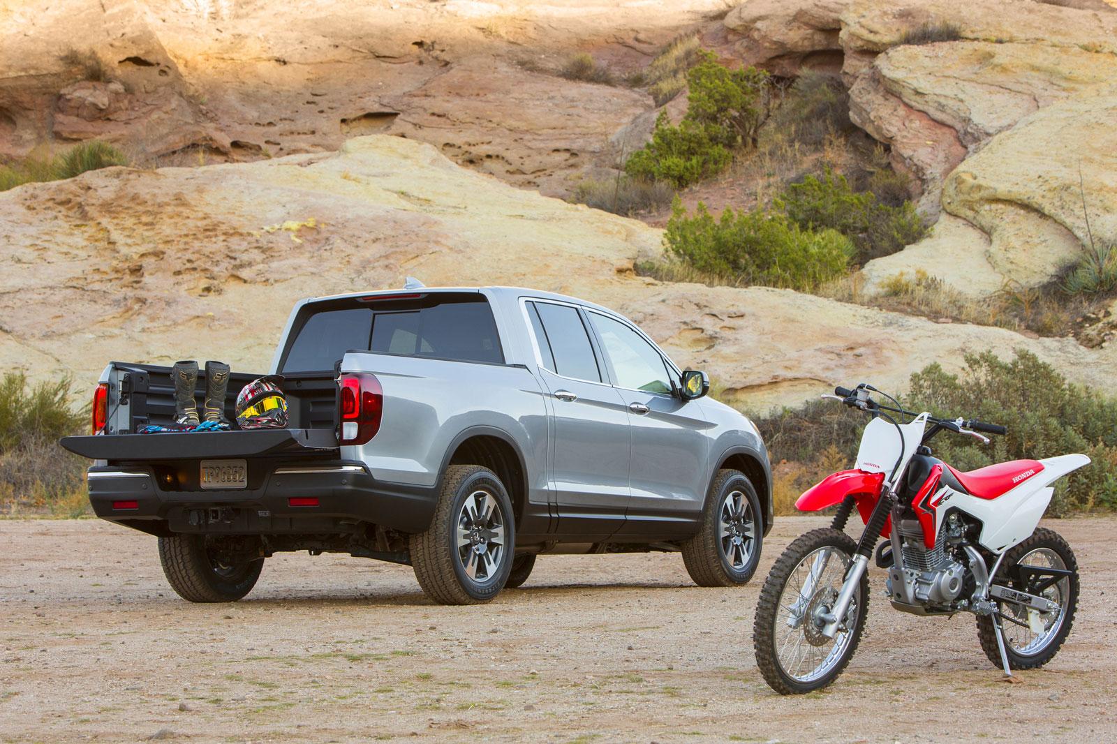 All-New 2017 Honda Ridgeline Pickup Truck Makes World Debut at 2016 ...