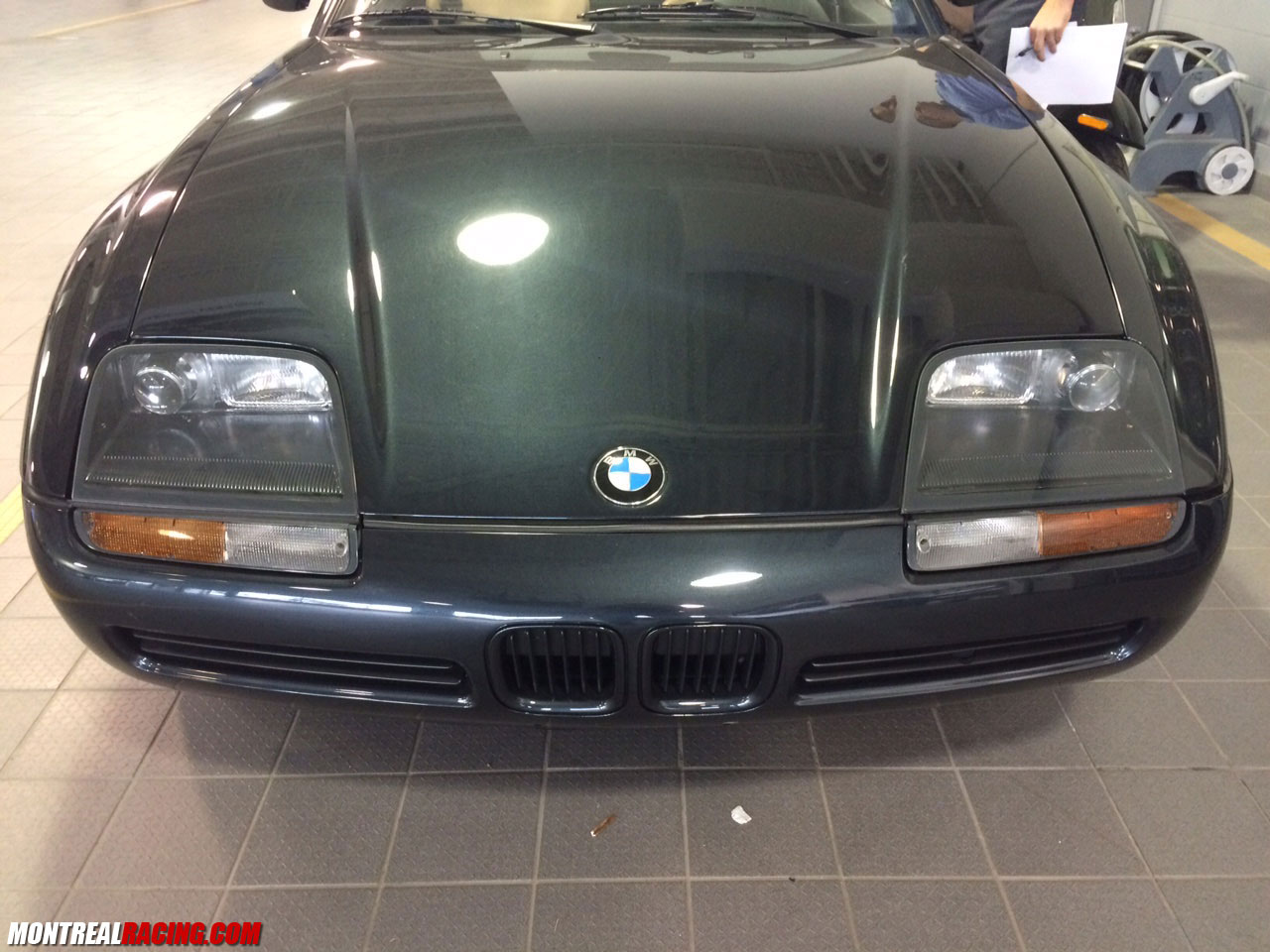photoshoot bmw z1 spotted in laval. Black Bedroom Furniture Sets. Home Design Ideas