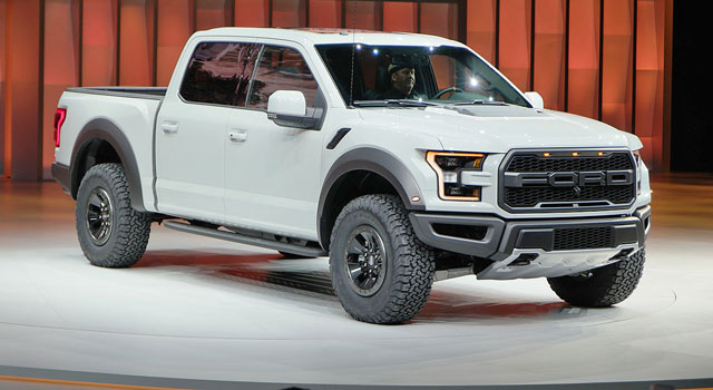 Ford f 150 raptor supercrew unveiled in detroit montrealracing com