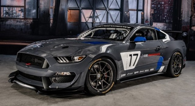 Mustang-GT350R-C4-Ford-Performance-4