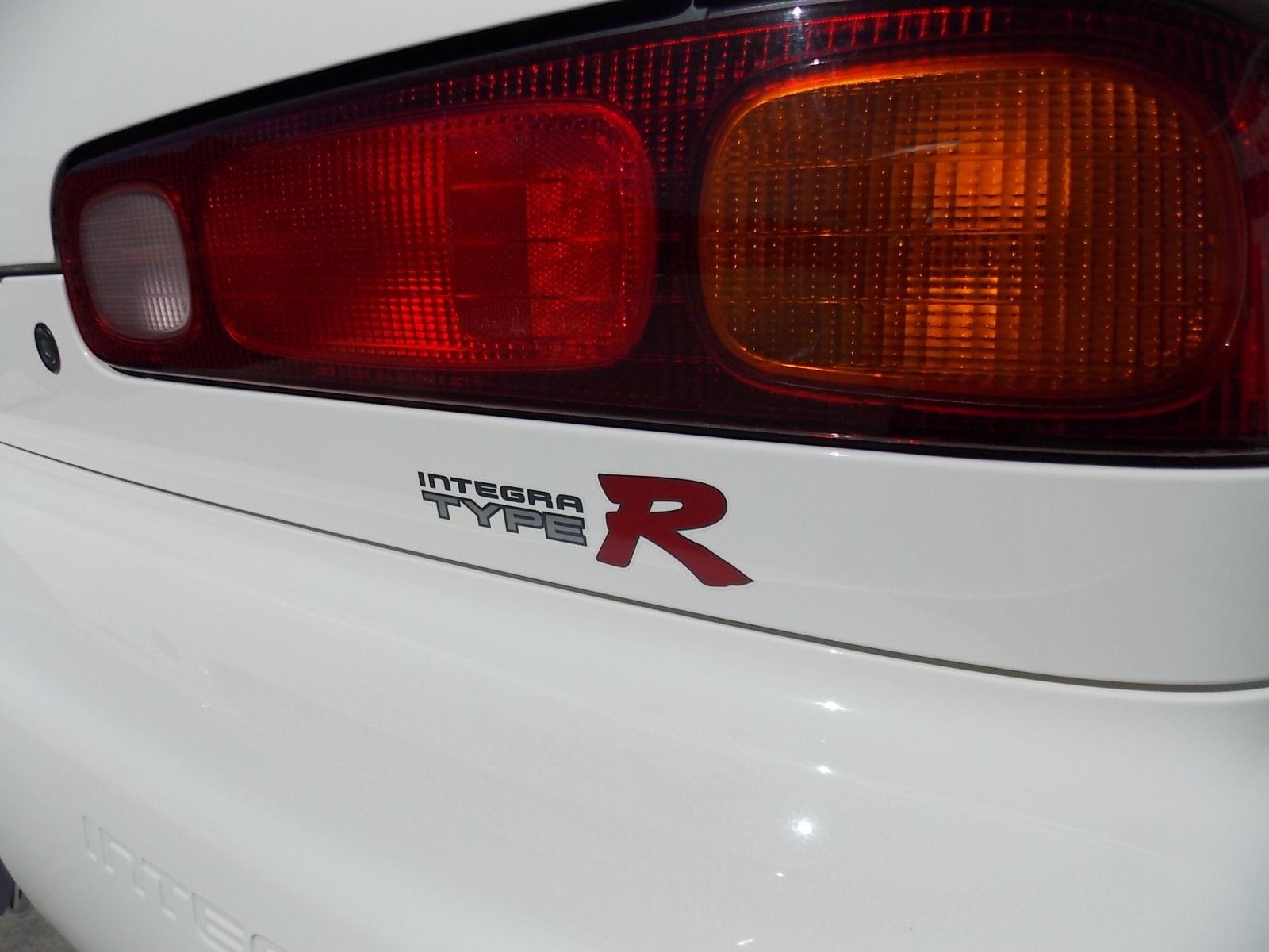 Pristine 1997 Acura Integra Type R Hits 40 000 On Ebay Only 10k Miles