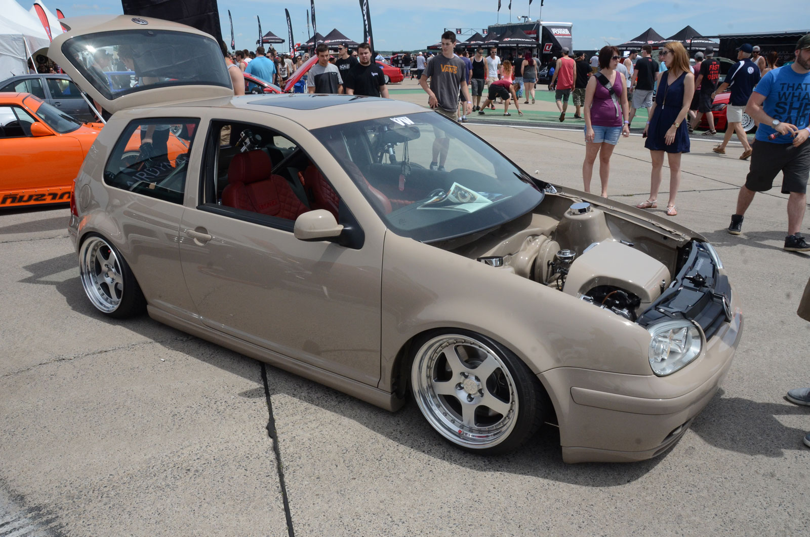 Custom vw golf 2000