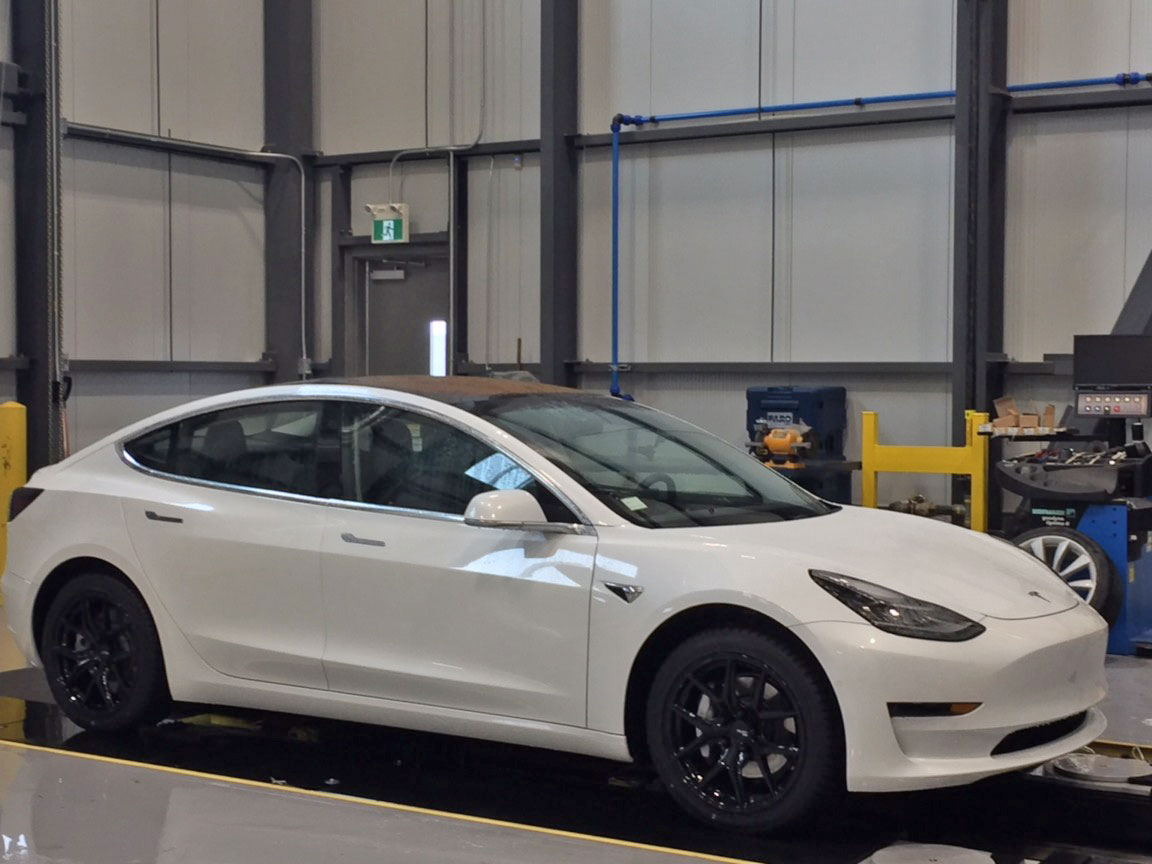 Ford St Eustache >> First Tesla Model 3 Spied in Montreal
